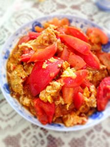 Ubiquitous Chinese comfort food tomato scrambled egg
