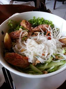 Spring roll with vermicelli